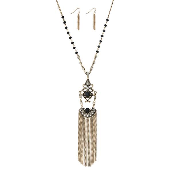 Wholesale burnished gold necklace set displaying black beads decorative pendant