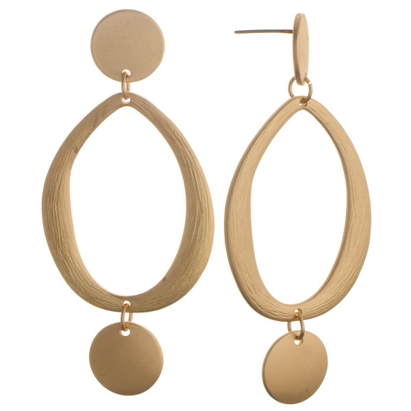 Wholesale long metal drop earring circle charm detail Approximate