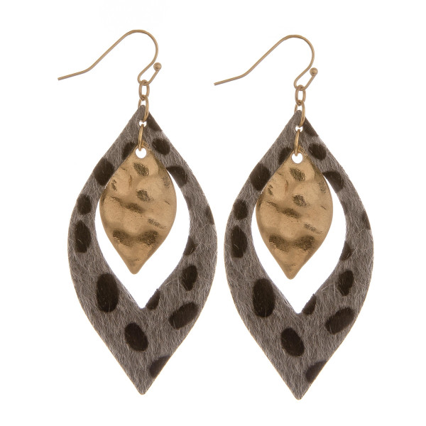 Wholesale long diamond earring animal print detail Approximate