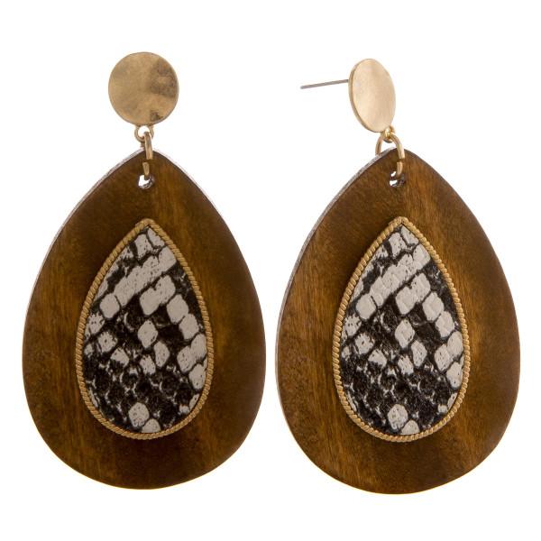 Wholesale long wooden drop earrings snakeskin raised details