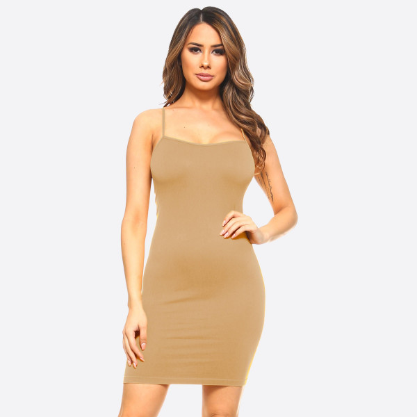 Wholesale seamless solid color casual go comfortable dress top Spaghetti Straps