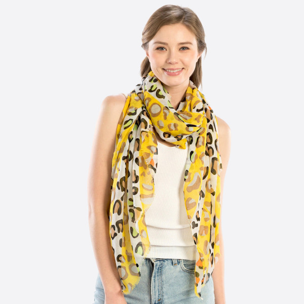 Wholesale lightweight cheetah print scarf polyester