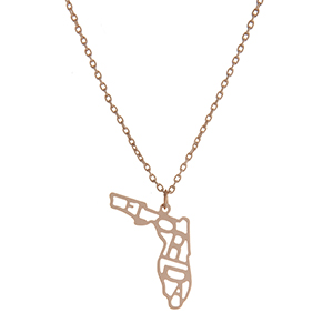 """Dainty gold tone necklace featuring the state of Florida pendant. Approximately 18"""" in length."""