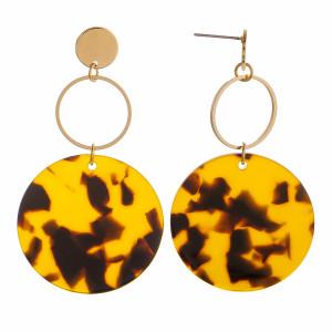 "Gorgeous acetate hoop earring with metal gold hoop earring. Approximate 2"" in length."