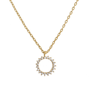 """Gorgeous initial pendant necklace. Dipped in gold. Approximate 20"""" in length with .5 pendant.  Letter """"O"""""""