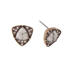 "Gold tone stud earrings with a triangle howlite stone surrounded by clear rhinestones. Approximately 1/2"" in length."
