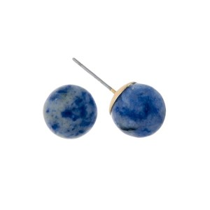 Gold tone stud earrings with a 14mm sodalite natural stone bead.