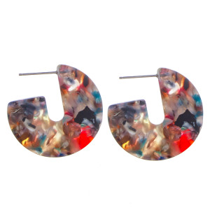"Short acetate earrings. Approximate 1"" in diameter."