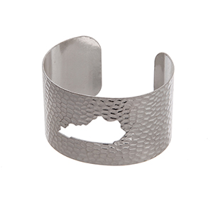 Silver tone hammered Kentucky state cuff bracelet.