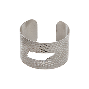Silver tone hammered Tennessee state cuff bracelet.