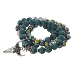 Beaded stretch bracelet with charm.