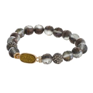 Beaded stretch bracelet with druzy focal.
