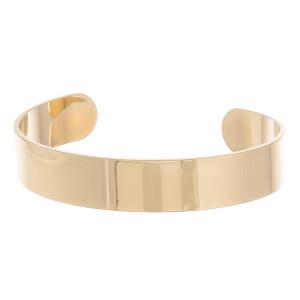 "Metal cuff bracelet. Approximately 2"" in diameter."
