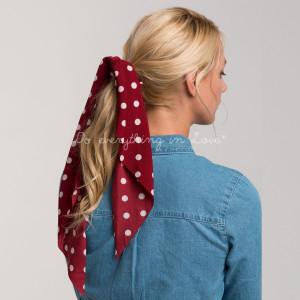 Polka dot ribbon scrunchie. 100% polyester.
