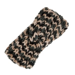 Hunter green and ivory knit head wrap. 100% polyester.
