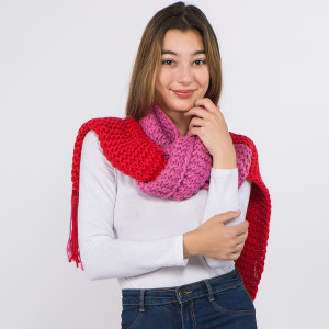 """Two tone chunky knit scarf with fringes.  - Approximately 9"""" W x 84"""" L - 100% Acrylic"""