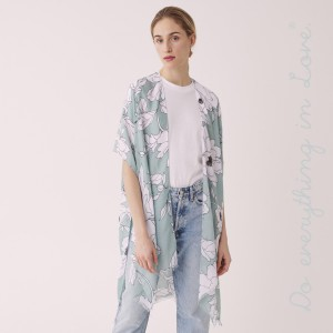 """Do everything in Love brand lightweight flower kimono.  - One size fits most 0-14 - Approximately 37"""" L - 100% Polyester"""