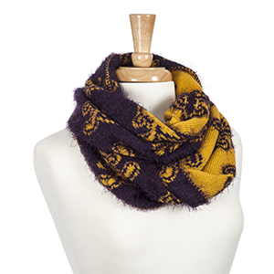 Heavyweight purple and yellow fleur de lis eyelash infinity scarf. 100% Acrylic.