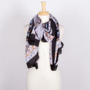 Lightweight scarf. 100% viscose.