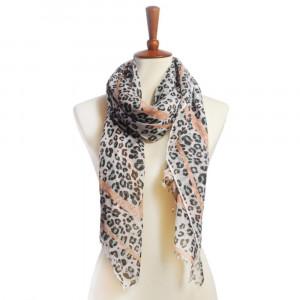 Animal print oblong scarf. 100% polyester.